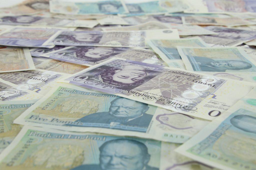 Chancellor unveils £4.6 billion lockdown grant package
